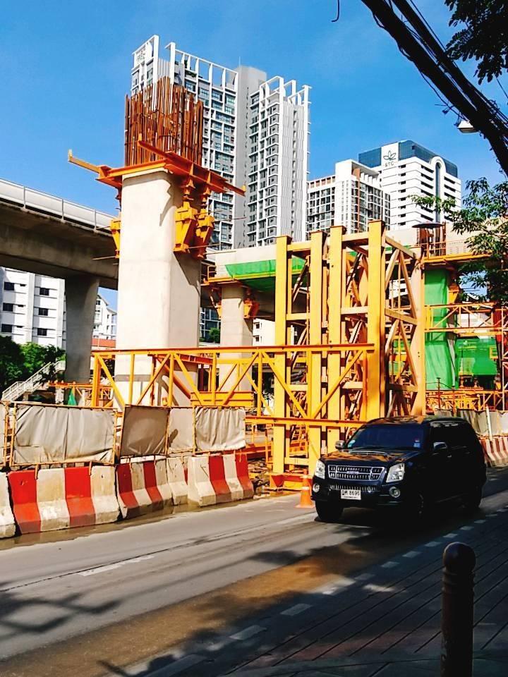 14 ก.ค.62 เวลา 22.00-04.00น. งานก่อสร้างรถไฟฟ้าสายสีทอง บริเวณ ถนนกรุงธนบุรีฝั่งเข้าพระนคร